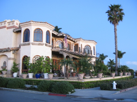 Corona del Mar home in the Village