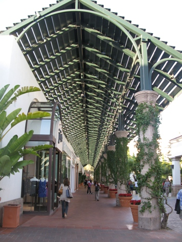 Fashion Island in Newport Beach
