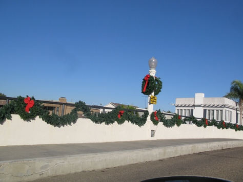 Balboa Island holiday decorations