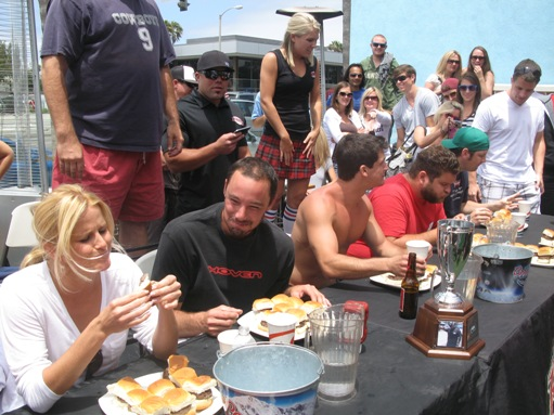 Burger eating contest at Rudy's in Newport Beach