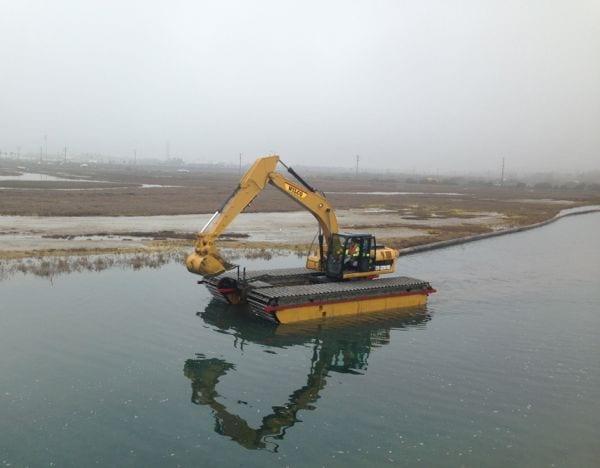 Newport Shores dredge