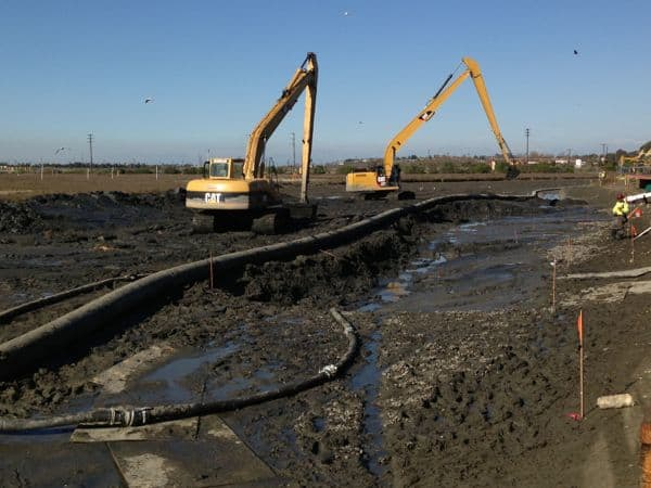 Dredging in Newport Shores