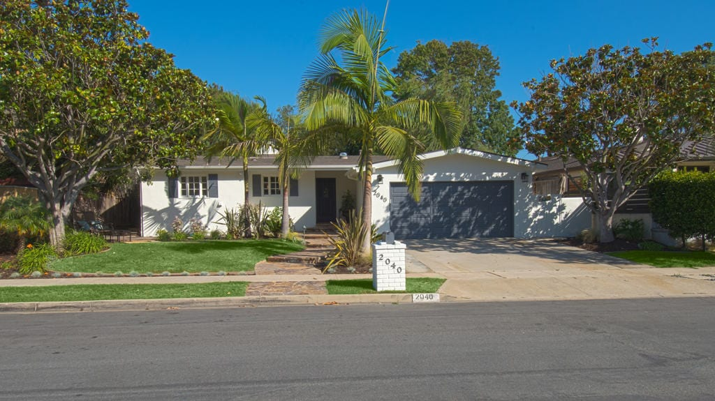 Homes for Sale in Eastside Costa Mesa